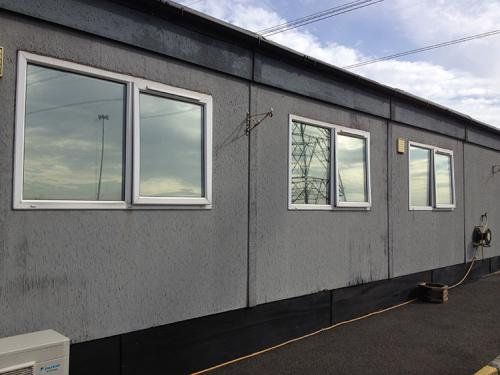 This Immingham based car distribution centre offices and canteen where overheating in the summer heat. This high performance silver window film is both cost effective and powerful transforming the space into a more comfortable place to be and work in.